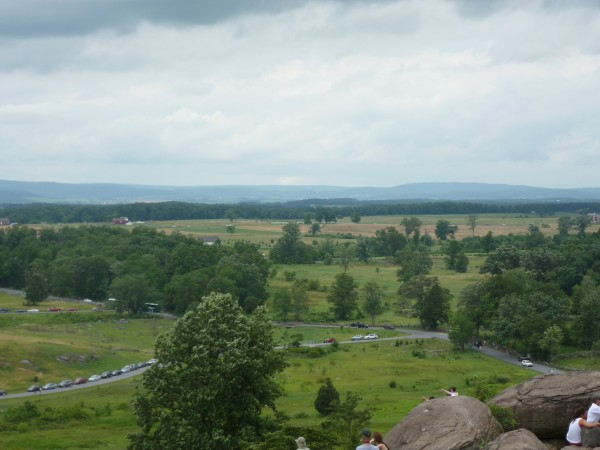 Overlook_of_Gettysburg_Battlefield_from_Little_Round_Top